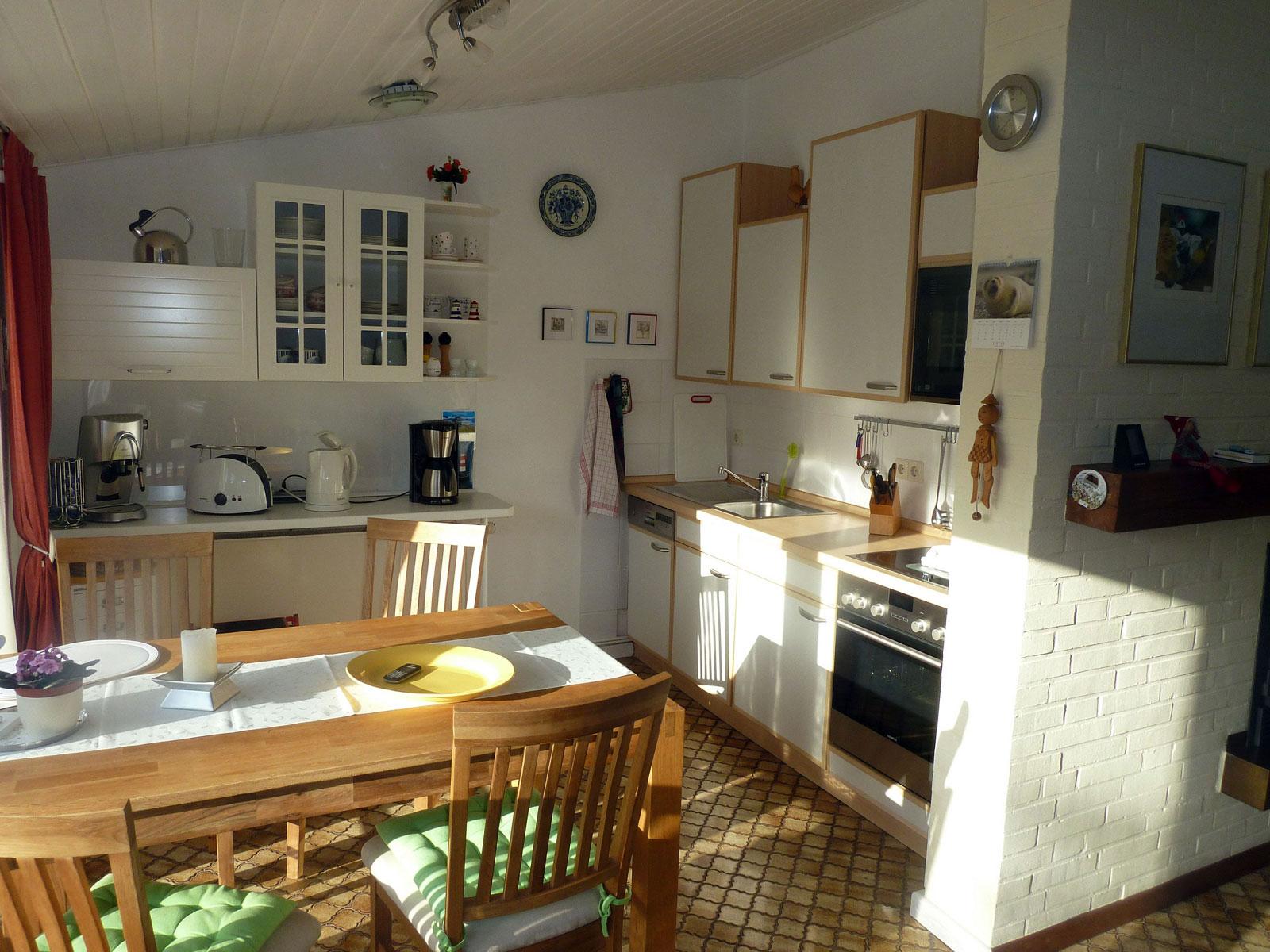 Ferienhaus Besanweg integrierte Küche